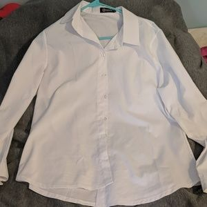 Perfectly Kept White Long Sleeve Button Up